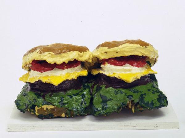 Oldenburg: Dos hamburguesas con queso, con todo (1962)