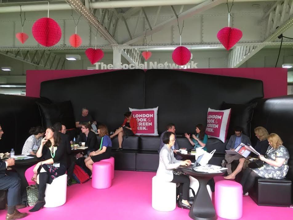 Ideas para enriquecer las Ferias del Libro profesionales